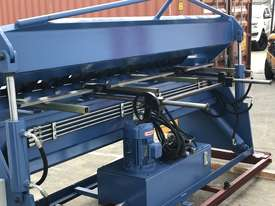 Heavy Duty 2500mm x 4mm Full Hydraulic NC Programmable Panbrake - picture13' - Click to enlarge