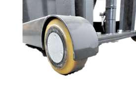 700kg Capacity Counterbalance Walkie Stacker Lift Height 3000mm - picture3' - Click to enlarge