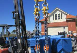 LIFTING SHACKLES / CHAINS