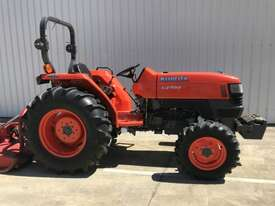 Kubota L4400D FWA/4WD Tractor - picture2' - Click to enlarge