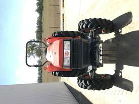 Kubota L4400D FWA/4WD Tractor - picture7' - Click to enlarge