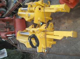 vermeer trencher sideshift attachment NEW - picture2' - Click to enlarge