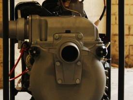 DIESEL SLUDGE TRASH PUMP 3 inch Elec. Start 13HP - picture2' - Click to enlarge