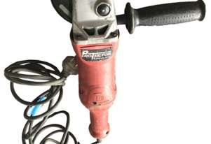 Milwaukee 125mm Angle Grinder 1520 Watt 240 Volt Electric AG16-125XC