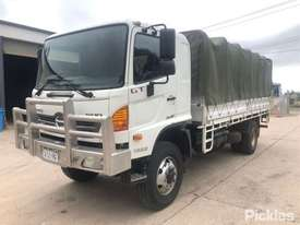 2012 Hino 500 1322 GT8J - picture7' - Click to enlarge