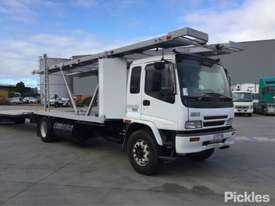 2003 Isuzu FVR900T - picture0' - Click to enlarge