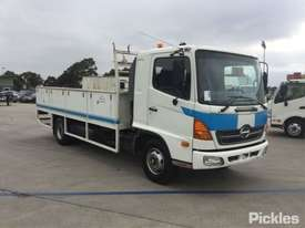 2005 Hino FD - picture0' - Click to enlarge