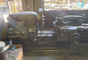 FLAT BED LATHE SWING OVER BED APPROX 560 MM  105 MM SPINDLE BORE  3 METER  BED