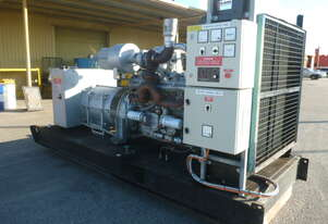 DETROIT 800KVA DIESEL GENERATOR SET/ VERY LOW HOURS