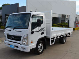 2020 HYUNDAI MIGHTY EX6 Tray Truck - Tray Top Drop Sides - picture0' - Click to enlarge