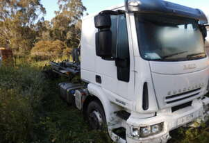 120E28 iveco Cab Chassis , air bag front and rear , low kms