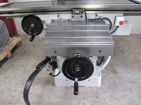 NT40 Milling Machine, (X/Y/Z), 1120/820/440mm - picture4' - Click to enlarge