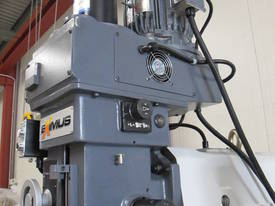 NT40 Milling Machine, (X/Y/Z), 1120/820/440mm - picture6' - Click to enlarge