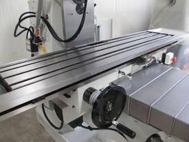 NT40 Vertical Turret Milling Machine - picture11' - Click to enlarge