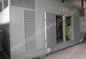 750kVA Commercial/ Industrial Generator, Enclosed