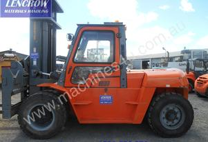 10Ton forklift for hire near new