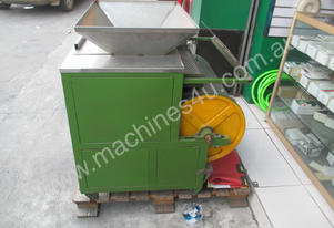 RARE EARTHS MAGNET SEPARATOR WITH VIBRATING SCREEN