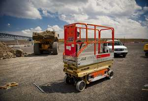 SCISSOR LIFT 6m Electric - Smooth Terrain