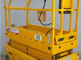 2010 19ft SCISSOR LIFT FOR SALE