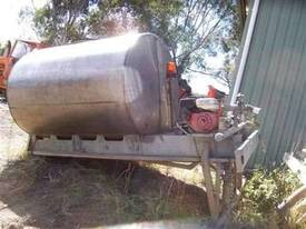 7000 ltr , STAINLESS WATER SPRAY TANK  - picture0' - Click to enlarge