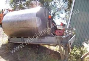 7000 ltr , STAINLESS WATER SPRAY TANK