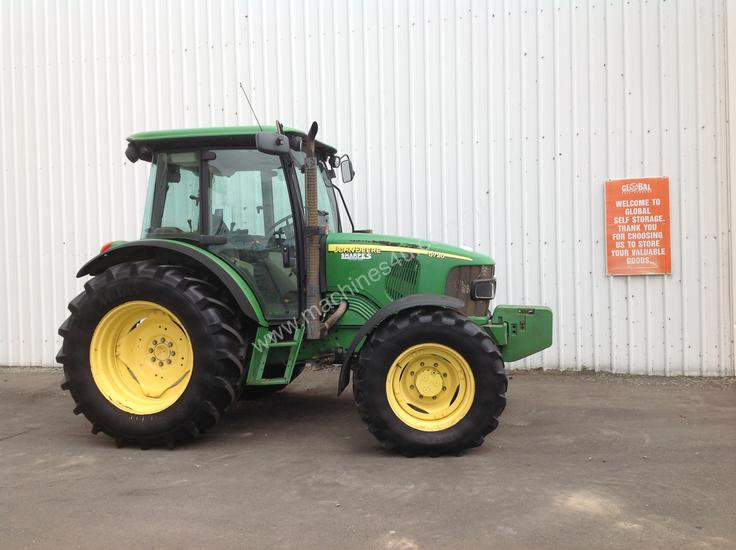 Hire 2008 John Deere 5720 4WD Tractors 0-79hp in , - Listed