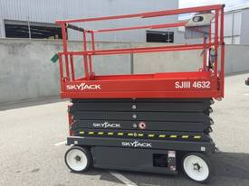 Skyjack SJIII4632 Electric Scissor Lift - picture0' - Click to enlarge