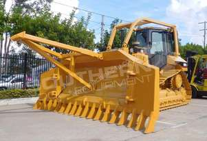INC D5M XL dozer w Stick Rake Tree Spear DOZCATM