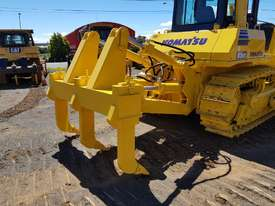 Komatsu D85EX-15 Dozer *CONDITIONS APPLY* - picture12' - Click to enlarge