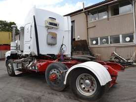 KENWORTH T400 Full Truck wrecking for parts to be sold - Top Quality great value  - picture1' - Click to enlarge