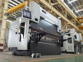 ACCURL 4100mm x 175Ton - 5 Axis CNC Pressbrake - picture0' - Click to enlarge