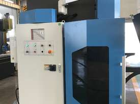 ACCURL 4200mm x 175Ton - 5 Axis CNC Pressbrake - picture4' - Click to enlarge