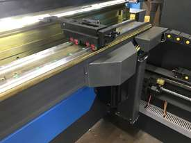 ACCURL 4200mm x 175Ton - 5 Axis CNC Pressbrake - picture7' - Click to enlarge