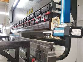 ACCURL 4200mm x 175Ton - 5 Axis CNC Pressbrake - picture14' - Click to enlarge