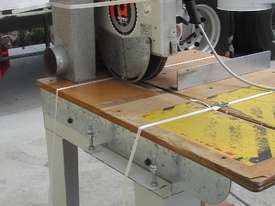 MAGGI JUNIOR 640 RADIAL ARM SAW - picture3' - Click to enlarge