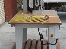 MAGGI JUNIOR 640 RADIAL ARM SAW - picture6' - Click to enlarge
