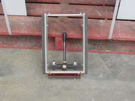 MAGGI JUNIOR 640 RADIAL ARM SAW - picture15' - Click to enlarge