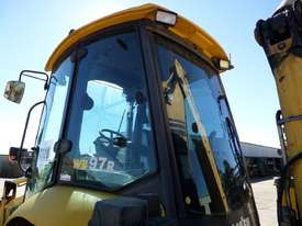 2010 Komatsu WB97R-5EO 4WD Backhoe *CONDITIONS APPLY* - picture8' - Click to enlarge
