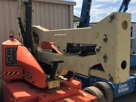 JLG 40FT Electric Knuckle Boom - picture2' - Click to enlarge