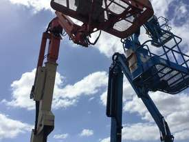 JLG 40FT Electric Knuckle Boom - picture3' - Click to enlarge