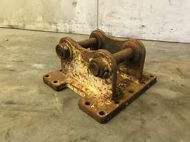 HEAD BRACKET TO SUIT 3-4T EXCAVATOR D983 - picture0' - Click to enlarge