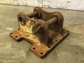 HEAD BRACKET TO SUIT 3-4T EXCAVATOR D983 - picture1' - Click to enlarge