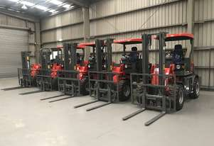 BRAND NEW SUMMIT 4WD 2 Tonne ROUGH TERRAIN FORKLIFT With 4.5m Mast