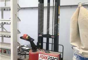 Forkforce Hand operated Forklift