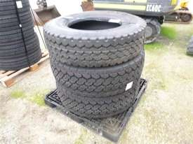 3X Tyres ON Pallet  - picture2' - Click to enlarge