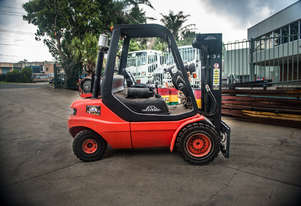 HIRE or SALE - 3.5 T Linde H35T-03-500