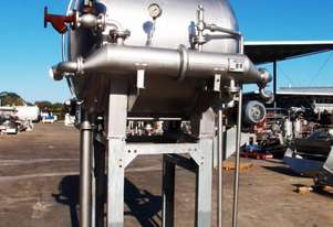 Stainless Steel Storage Tank (Horizontal), Capacity: 1,200Lt