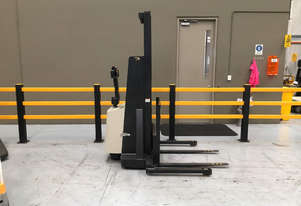 Crown 20IMT130 Walk Behind Forklift