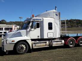 Freightliner Columbia CL120 Semi - picture0' - Click to enlarge