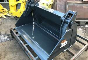 Buckets for all excavators and skid steer loader